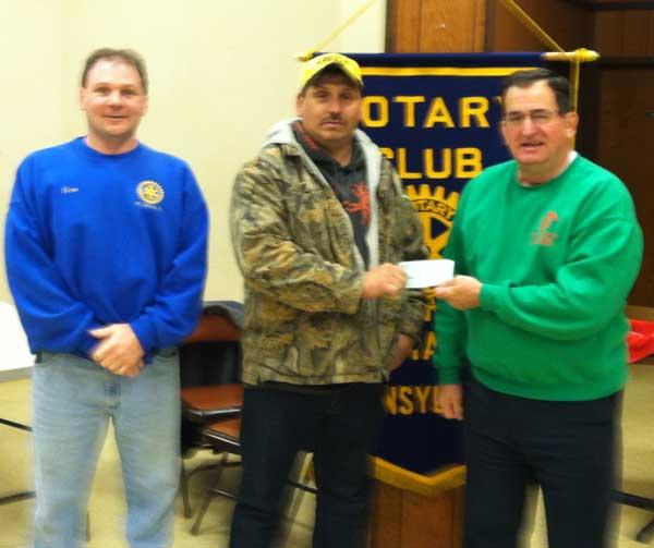 2014-11-18-Pedmont-Donates